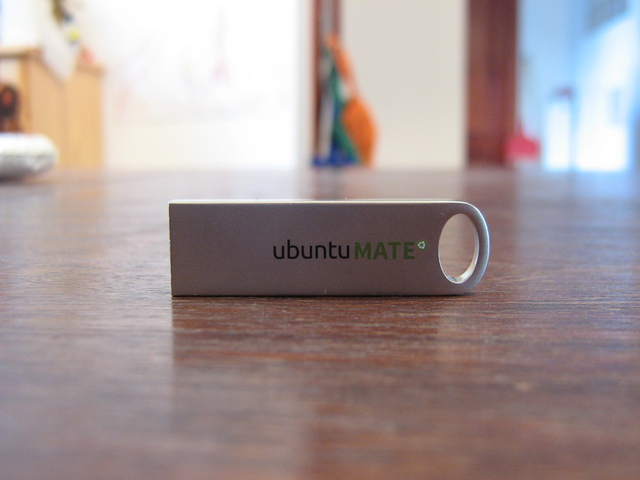 Ubuntu MATE 16.04 Flash Drive